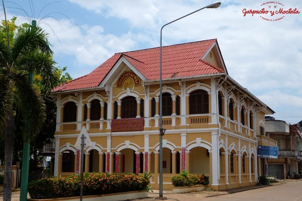colonial house pakse